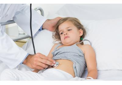 5 مورد از علائمی که سلامتی گوارشی کودک شما را به خطر میندازد و نیاز به کمک دارد.