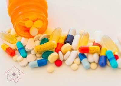 تعریف، روش استفاده، کاربردها و عوارض آنتی بیوتیک ها