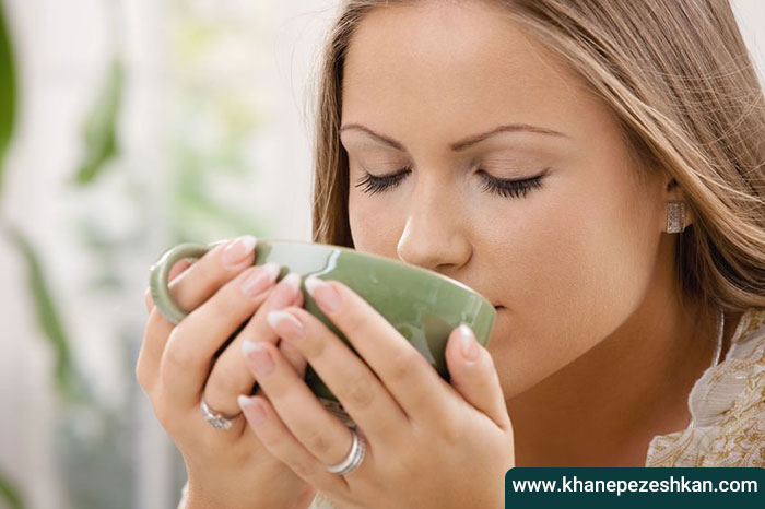 معجزه نوشیدن آب گرم در درمان بیماری ها
