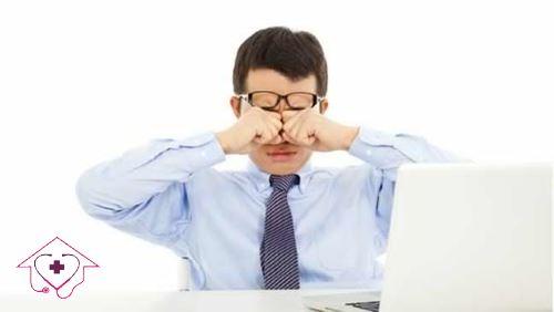مراقبت از چشم در استفاده از صفحه نمایش کامپیوتر و موبایل